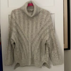 Moon River turtleneck sweater size small